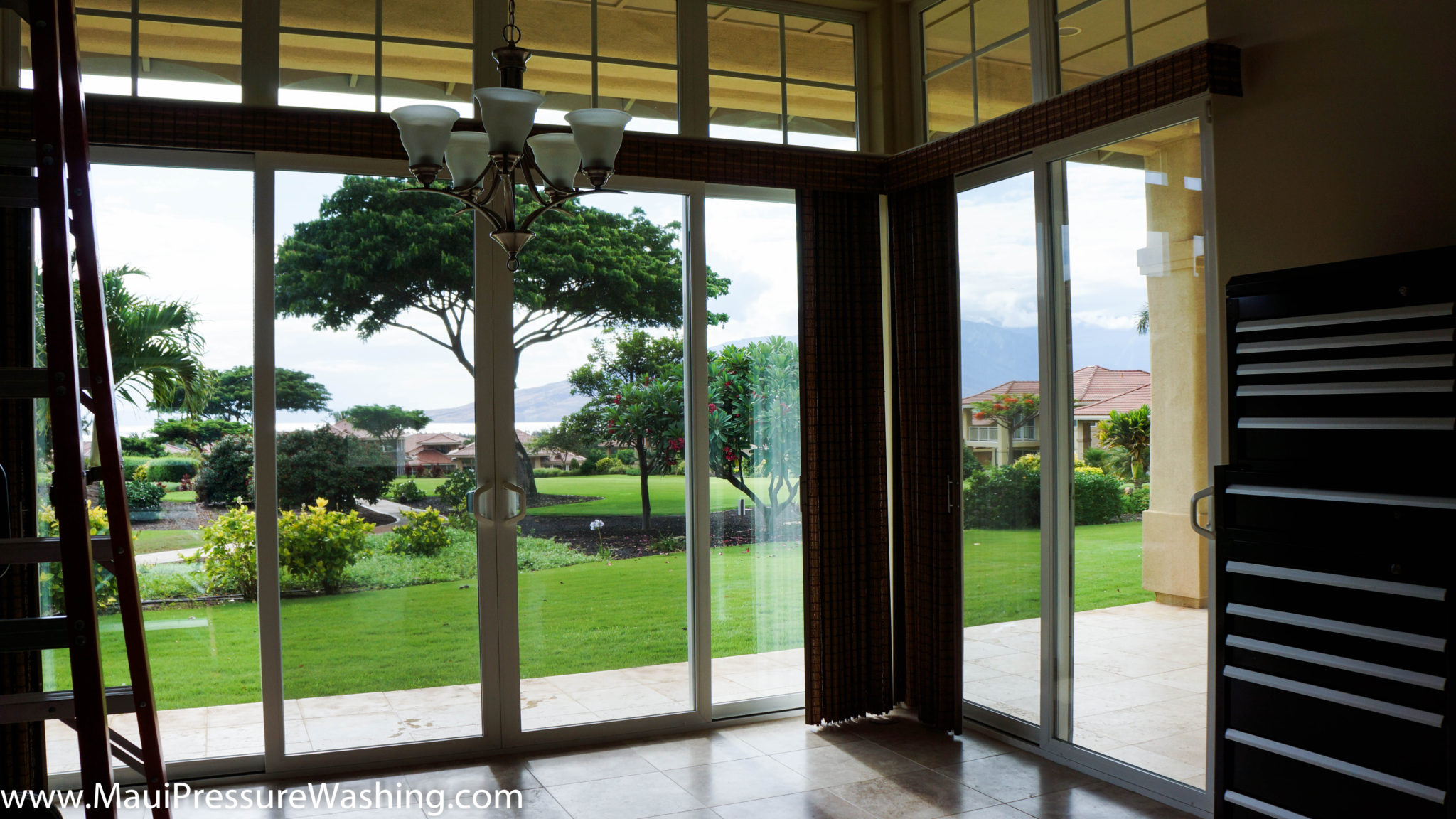 Sliding Glass Door Cleaning Maui Pressure Washing